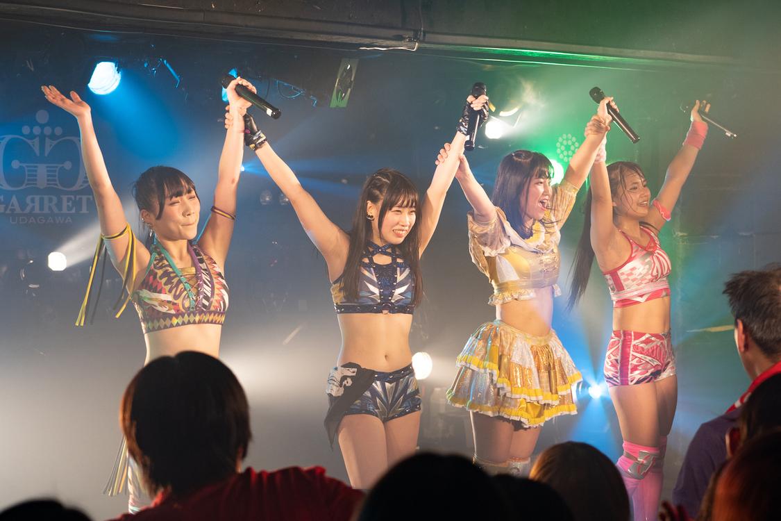 【激闘レポート】アプガ(プロレス)、大晦日に初単独ライブ開催。新曲&新リングネームも披露!