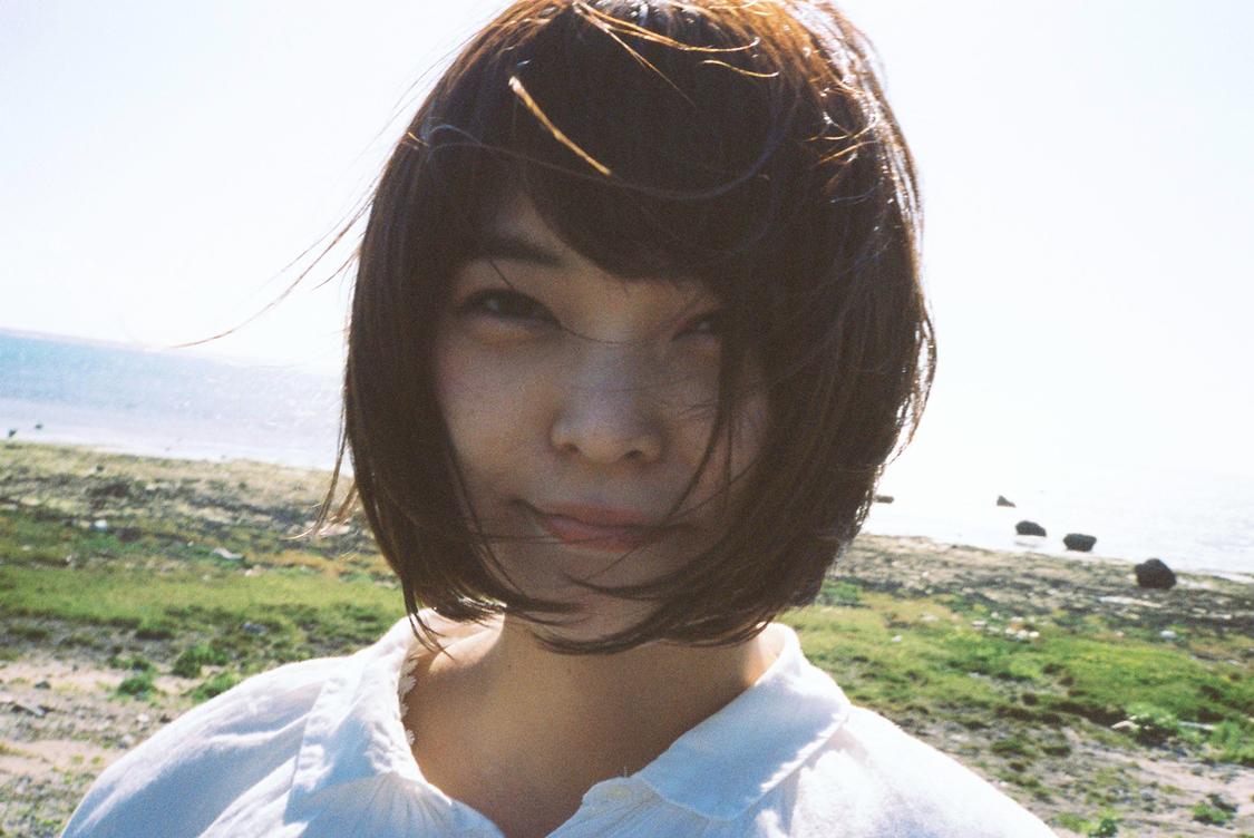 Negicco Kaede、石垣島にて撮影したソロビジュアル解禁!