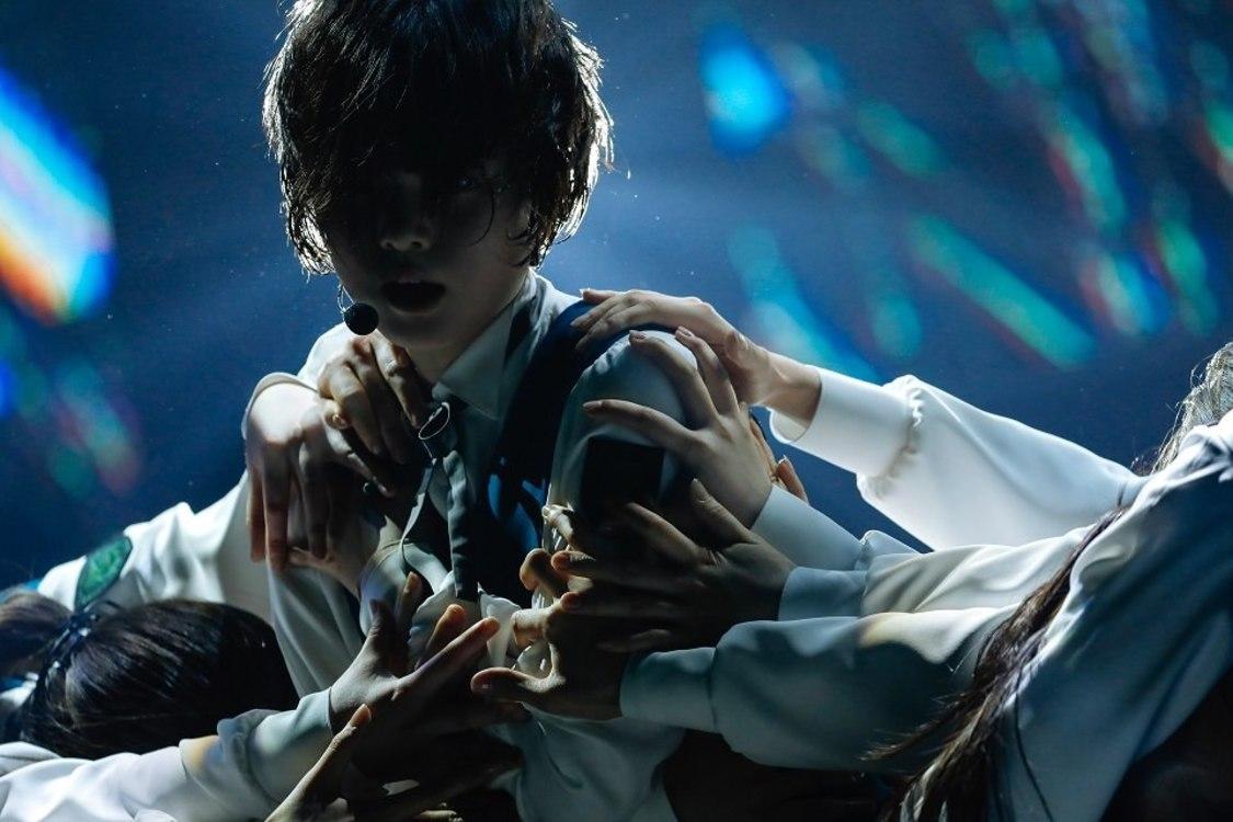 【ライブレポート】欅坂46、圧巻の光景を描いた日本武道館公演「自分たちらしい方法で、欅坂のアイデンティティを表現できたら」